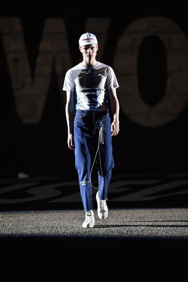 Off-White SS18 show at Pitti