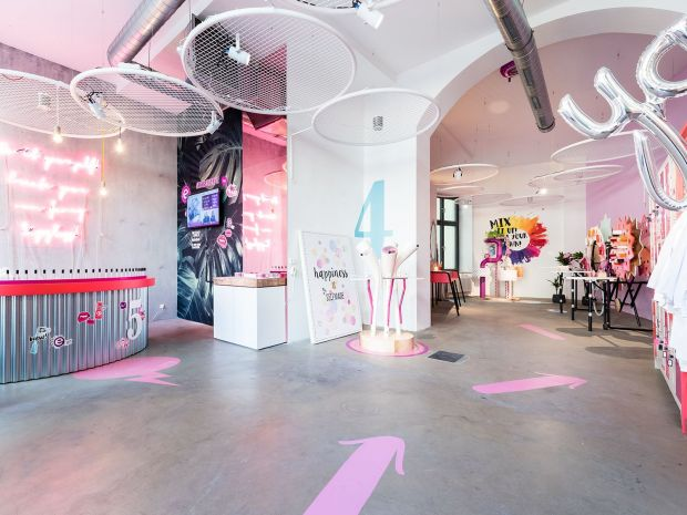 Retail architecture in the Essence Maker Shop