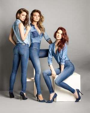 """The Denim Effect Expert"" campaign by Salsa Jeans."