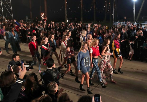 Unity, friendship, fun and, most importantly, youth: the motto on the runway