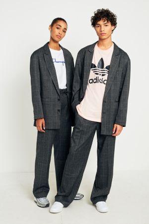 pant suit vs skirt suit