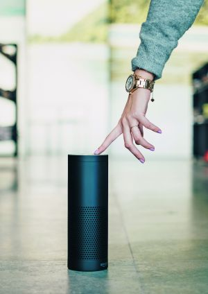 "Software ""Alexa"" is located in a cyclic loudspeaker (Amazon Echo)"