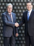 (left) Hariolf Kottmann, CEO Clariant & (right) Peter R. Huntsman, President & CEO Huntsman