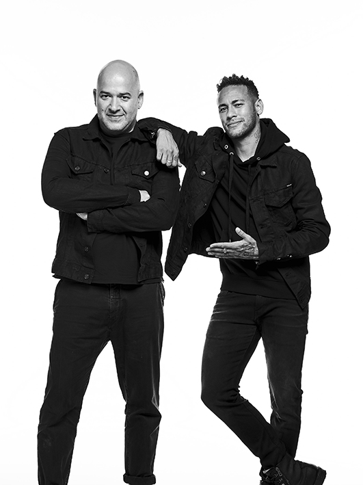 "Matteo Sinigaglia, president of Fashion Box (left): ""I am satisfied about Replay products' great acceptance in the Brazilian market."" So the long-time partnership with Neymar jr., captain of the Brazilian national team, will continue."