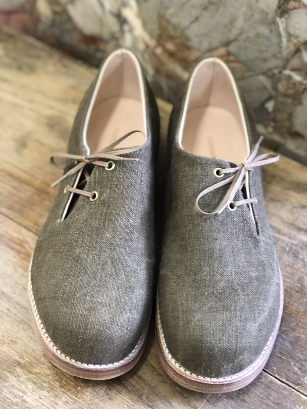 Tatarou linen shoes crafted from recycled laundry bags