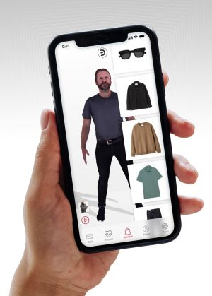 Virtual fitting app by H&Mbeyond. and NeXR