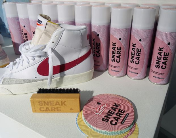 Sneakcare