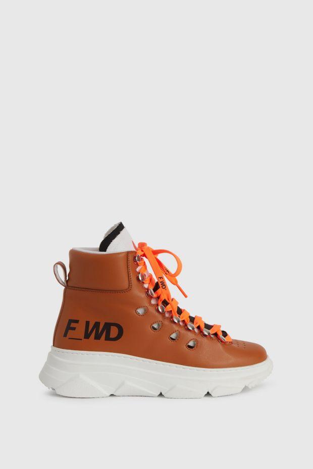 Sneaker by F_WD