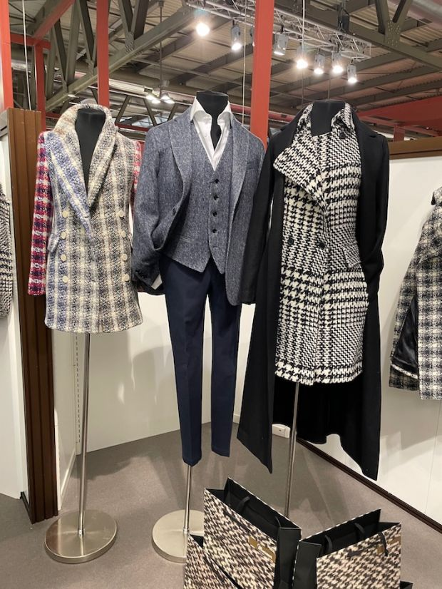 Outfits made with wool fabrics by Lanificio Moessmer