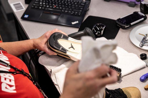 Footwear cleaning for Nike's Refurbished program
