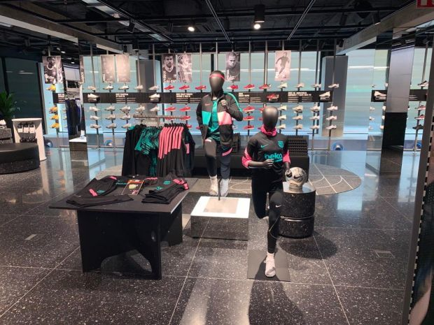 Finanzas Comienzo tos  Nike opens eco-minded store in Barcelona – The Blog Boat