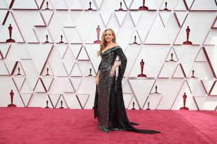 Red Carpet Green Dress opens its 2021 applications