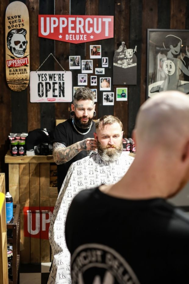 Live shaving and hair-cutting