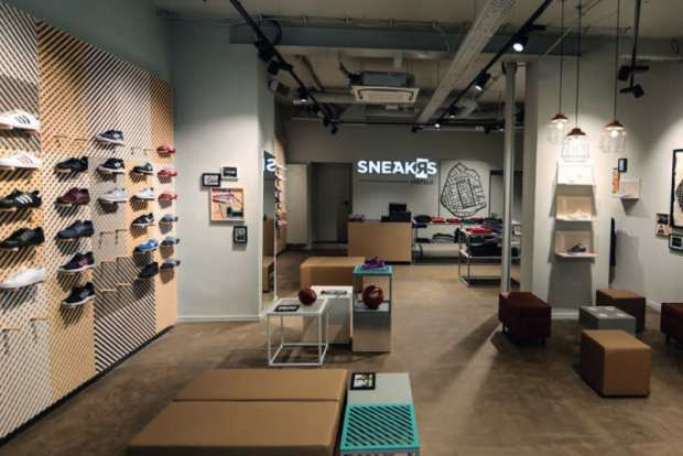 Project by Goldstein Studios: SneakRs store in Krefeld