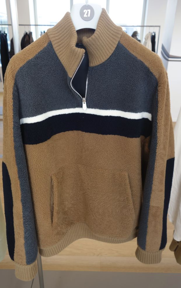 Hermès sweater