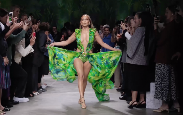 Versace fashion show hosting Jennifer Lopez in September 2019. Lopez wore the dress for the first time in 2000 and received significant global media coverage.