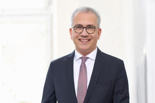 Tarek Al-Wazir, Hesse's Minister of Economics