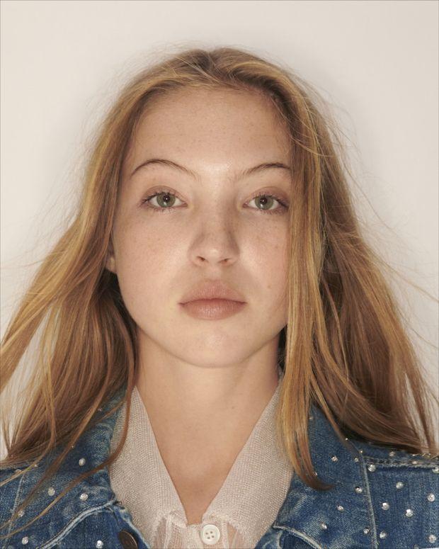 Model Lila Moss in the Miu Miu x Levi's campaign
