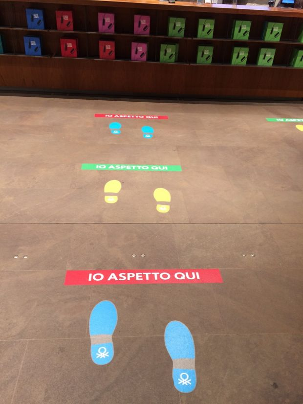 Floor signs at Benetton